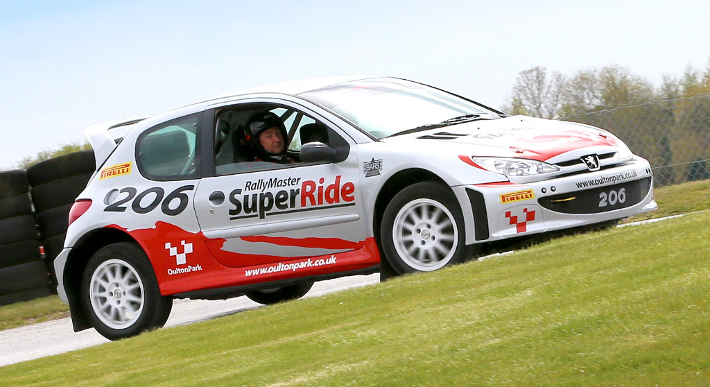 Rally SuperRide Peugeot 206 Image 1